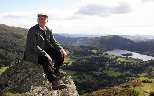 Acto Nik Wood Jones provides the voice of Alfred Wainwright